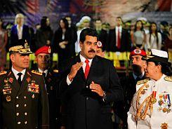 Nicolas-Maduro-y-Carmen-Melendez