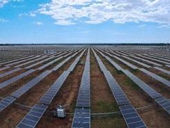 Planta-solar-Guatemala_PREIMA20150203_0336_32