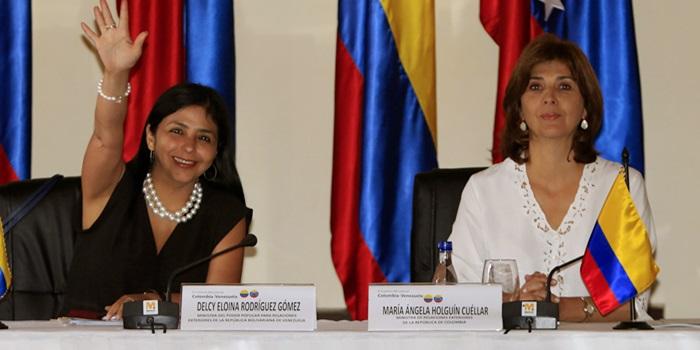 CANCILLERES DE COLOMBIA Y VENEZUELA EMPIEZAN REUNIÓN SOBRE CRISIS FRONTERIZA