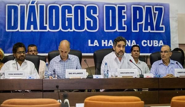 YEARENDER2014-CUBA-COLOMBIA-FARC-PEACE TALKS-AGREEMENT