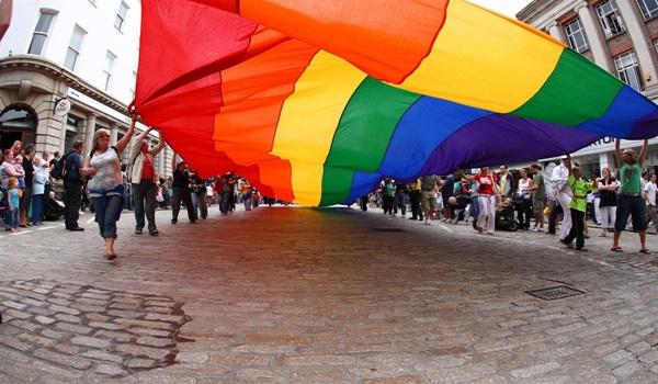 Truro cornwall gay pride parade 23.08.08