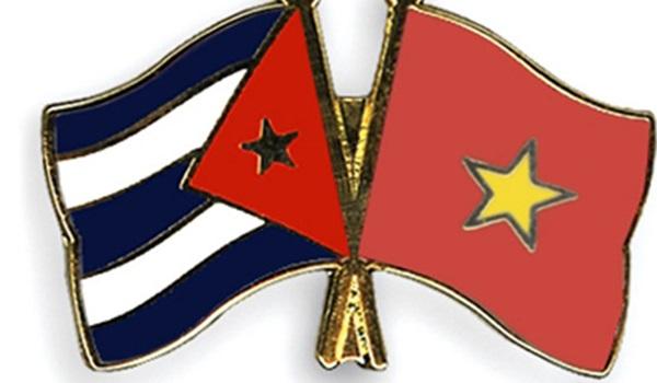 Banderas-Viet-Nam-Cuba
