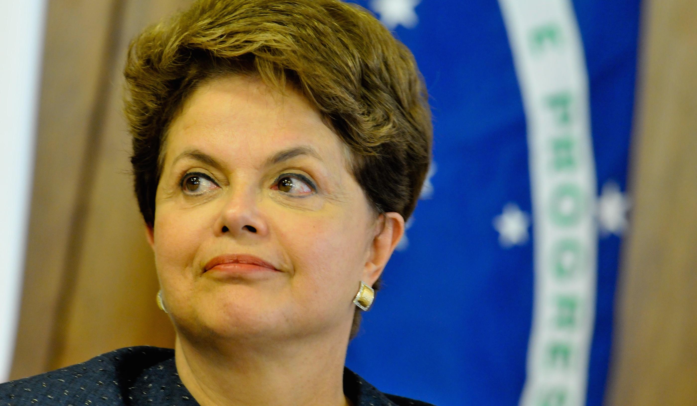 DILMA RECEBE PRIMEIRO-MINISTRO FRANCS NO PLANALTO