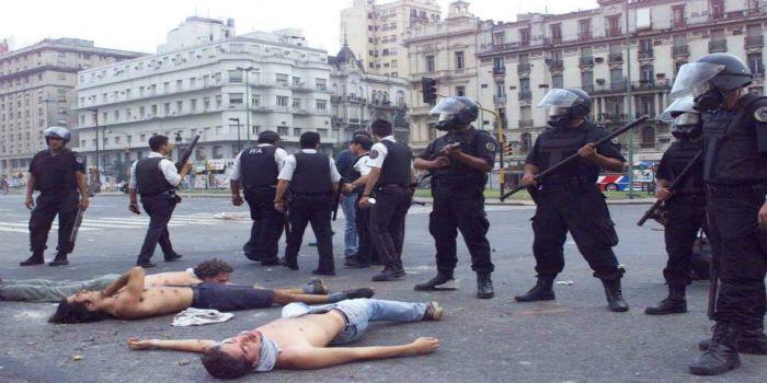 represion 2001