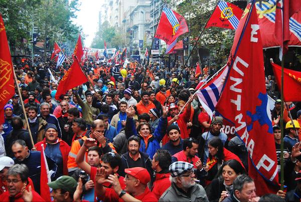 9062_PIT-CNT_Fascismo_Uruguay