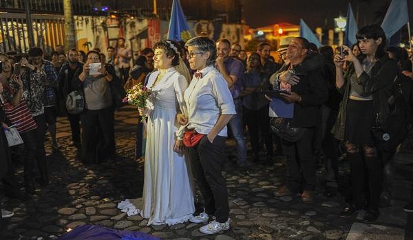 desarrollo-proyectos-pro-LGBTI-JOSE-CORDEROARCHIVO_LNCIMA20160626_0052_31