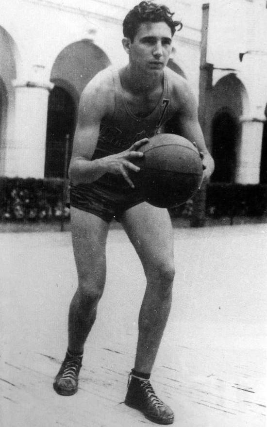 Fidel se destaca en deportes