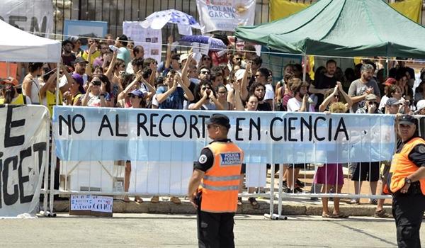 65058_135-sesion-legislativa-congyeso-010317-tiempo-aygentino-26-