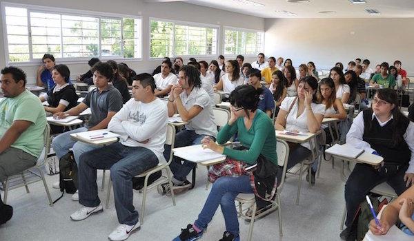 estudiantes_universitarios01_thumb