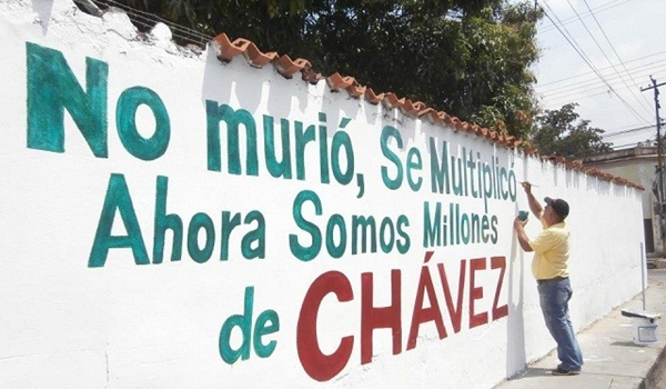 37379_millones_de_chavez