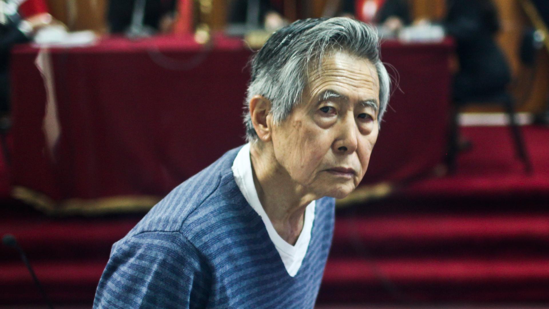 Alberto Fujimori + Perú
