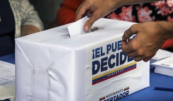 Diputado-plebiscito-opositor-vinculante-Venezuela_EDIIMA20170716_0193_4