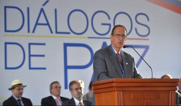 Gobierno + diálogos de paz