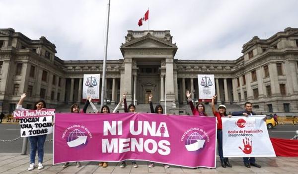 Ni una menos ´+ perú