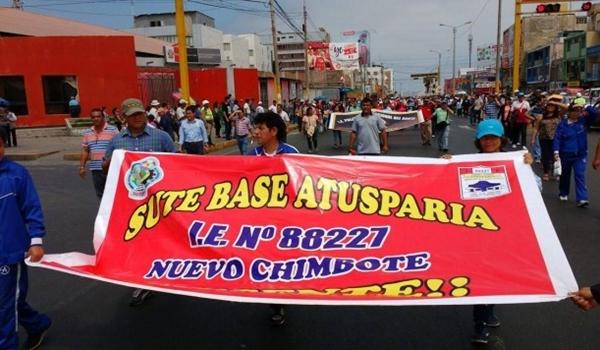 docentes-perú
