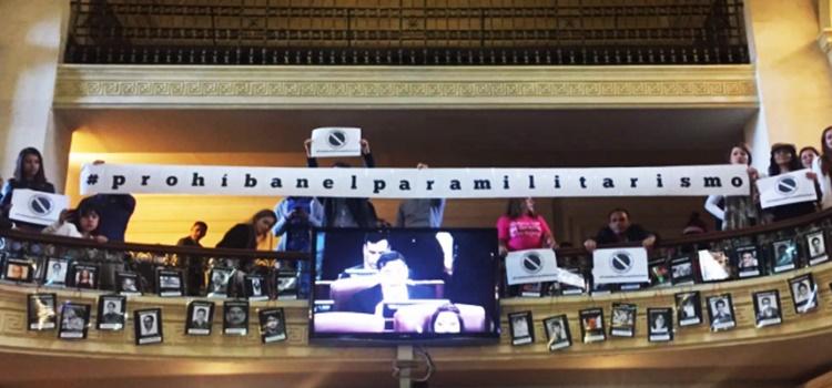 paramilitarismo-colombia-prohibición
