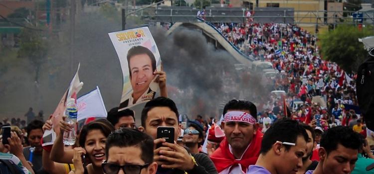 protestas + honduras