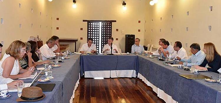 eln + grupo negociador + gobierno + colombia
