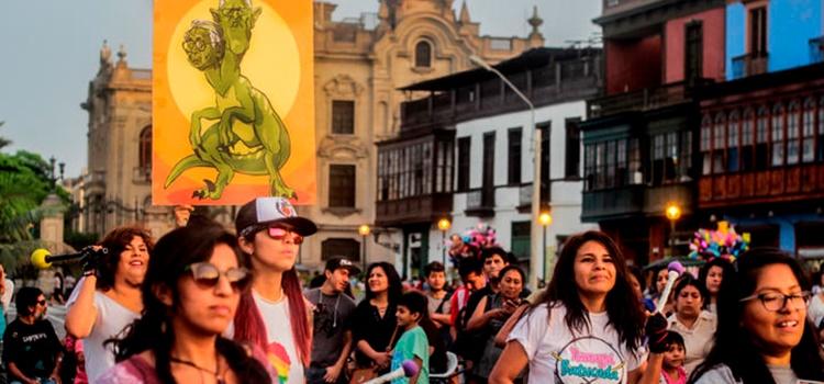 marcha + perú