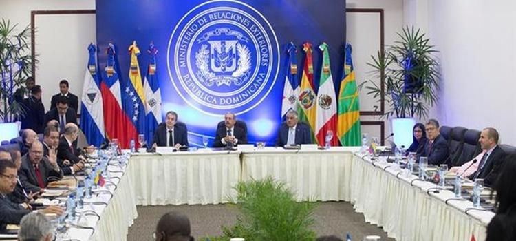 mesa de diálogo + venezuela