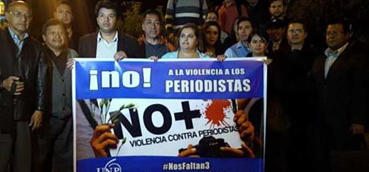 violencia a periodistas + ecuador