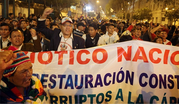 Noticia-206648-marchan-contra-el-congreso