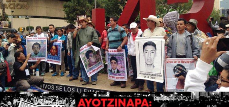 PadresAyotzinapauw