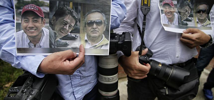 periodistas_de_ecuador