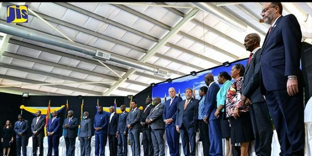 caricom-heads-of-government-sg-on-stage-standing-1__840x320