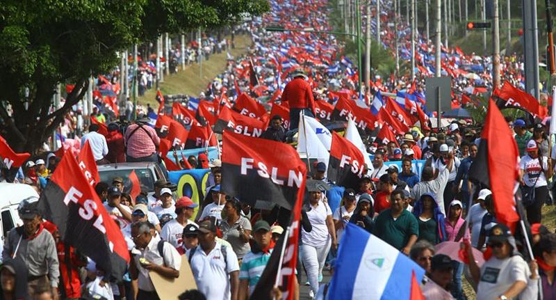 Marchan-miles-de-nicaragüenses-comprometidos-con-la-paz-y-la-justicia1