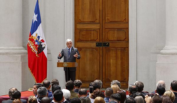 Presidente  Pi–era  celebra el Dia Nacional de las Iglesias Evangelicas y Protestantes