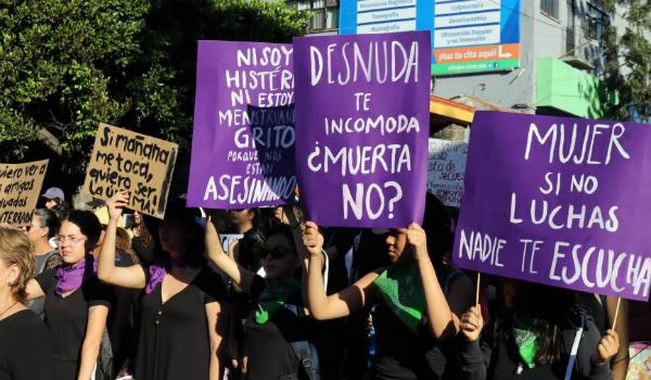 Marchan_Mujeres_Violencia_Feminicida_6-e1551879748905-960×500