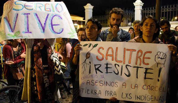 Vigilia-por-el-líder-indígena-Sergio-Rojas-asesinado-en-Salitre-territorio-Bri-bri
