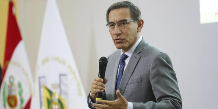 Martín Vizcarra Perú(2)